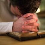 Jika Kau Mengasihi Istrimu, Berdoalah Untuknya