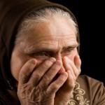 Nenek yang Menangis