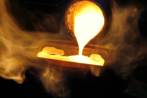Emas Murni Tidak Takut Api