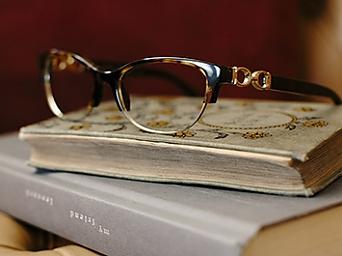 Melihat dengan Kacamata Tuhan