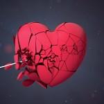 Patah Hati Seperti Cermin yang Pecah