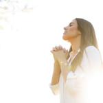 Tangan Tuhan akan Menarikmu ke Atas